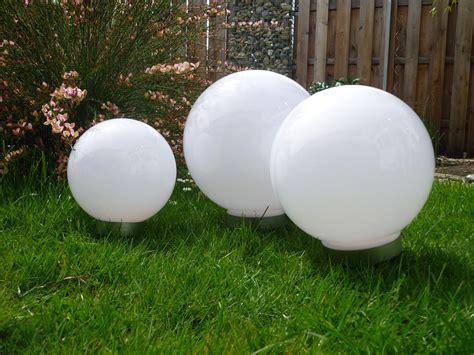 kugelleuchten garten solar solar led kugelleuchte 3er set 30 25 20 cm gartenkugel kugel garten kugelle