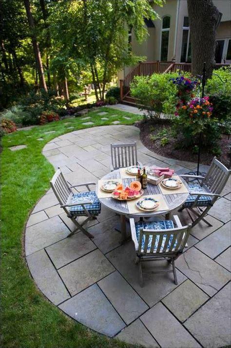 table et chaises de jardin pas cher comment choisir une table et chaises de jardin