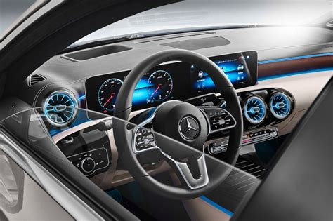 By blogsedanposted on april 1, 2020. Mercedes-Benz A200 Sedan 2020 chega ao Brasil - preço R ...