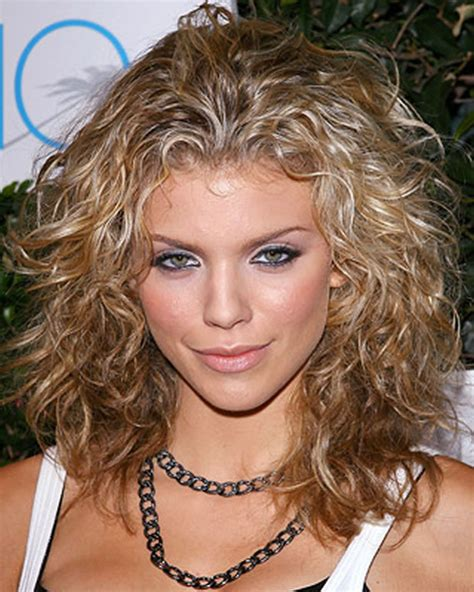 great haircuts for curly or wavy haircuts for 2018 25 great bob