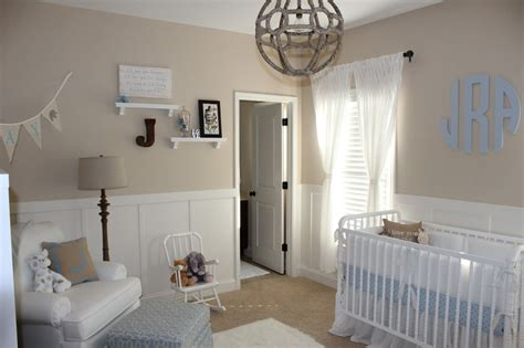 chambre parents bébé beige and white neutral nursery for baby boy project nursery