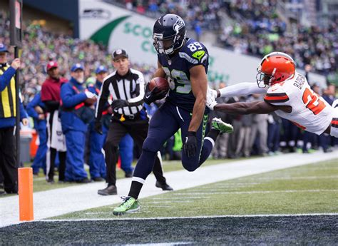 doug baldwin catches  td pass    games
