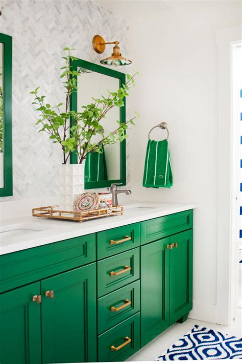 testing new green paint colors for my kitchen cabinets addicted 2 decorating 174