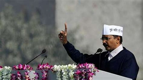Arvind Kejriwal threatens to quit, again