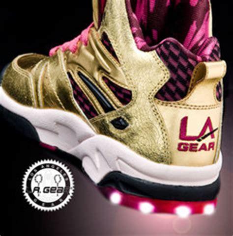 la gear light up shoes la gear lights return december 12 2009