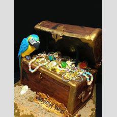 Best 25+ Pirate Treasure Chest Ideas On Pinterest  Pirate Party, Treasure Chest And Pirate Treasure