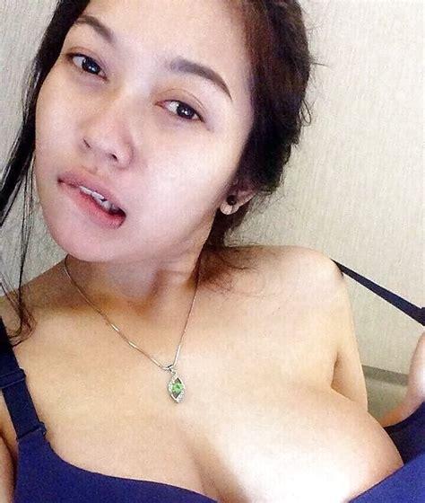 Indonesian Cewek Jilboobs Seksi 10 Bilder