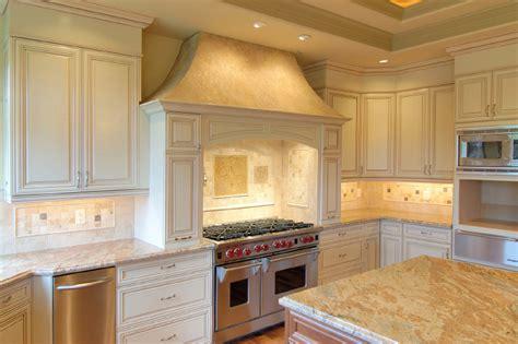 match granite countertops  kitchen cabinets