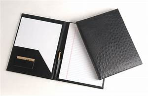 get a neat resume folder before going to career fairs or With professional resume folder
