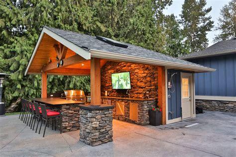 custom made kitchen islands creating a outdoor kitchen