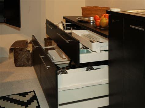 tiroirs cuisine ikea amnagement de tiroir de cuisine meuble cuisine angle