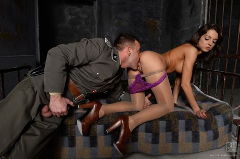 Young Lady Foxy Di Gets Fucked By Guy In Uniform In Prison