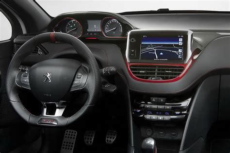 peugeot interior peugeot 208 interieur car interior design