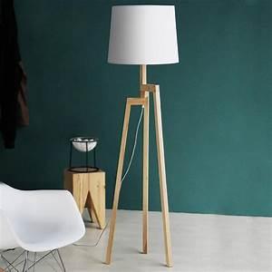 Maggie 63 wood tripod floor lamp alightup for Wooden tripod floor lamp ireland