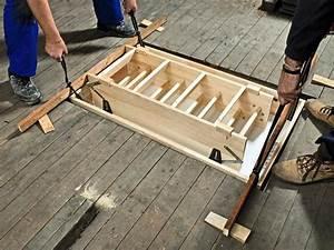 Treppe Zum Dachboden Nachträglich Einbauen : einbau einer platzsparenden dachbodentreppe bauhaus ~ Orissabook.com Haus und Dekorationen