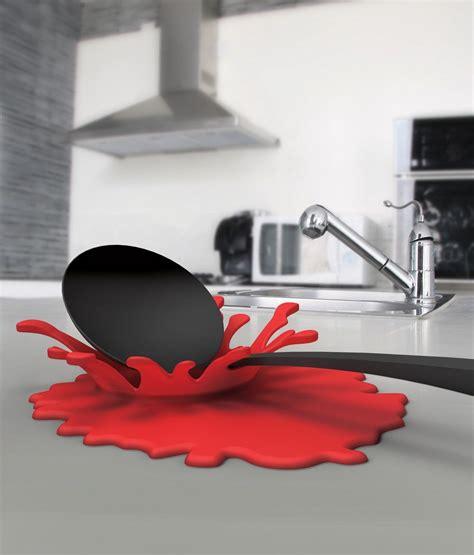 ustensile de cuisine design ustensiles de cuisine design éclaboussure splash
