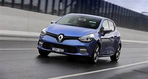 Renault Clio Dimensions : renault clio gt pricing and specifications photos 1 ~ Nature-et-papiers.com Idées de Décoration