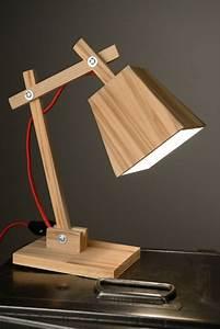 Petite Lampe De Chevet : une petite lampe de chevet en bois indus home factory ~ Teatrodelosmanantiales.com Idées de Décoration
