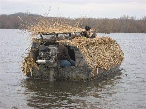 Duck Blind On Boat by Best 25 Duck Boat Blind Ideas On Boat Blinds