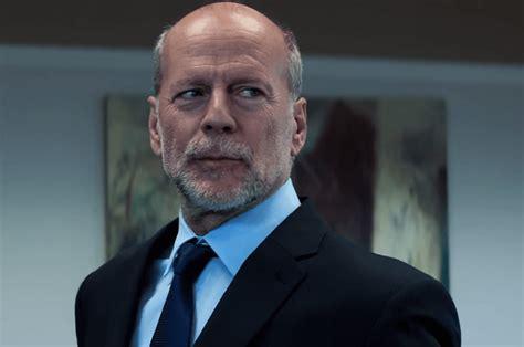 """Bruce Willis Denies That """"Die Hard"""" Is A Christmas Movie ..."""