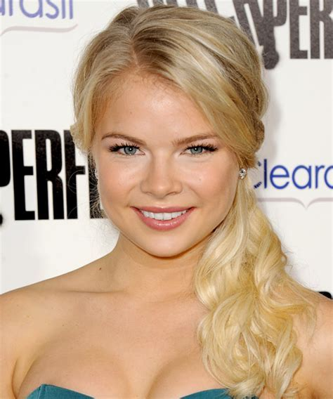 Kelli Goss Hairstyles for 2017   Celebrity Hairstyles by