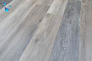 Portland oak rigid vinyl click floors lvt vinyl flooring for Bamboo flooring portland