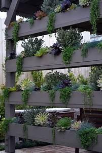 Regal Für Balkon : regal pflanzen balkon ~ Markanthonyermac.com Haus und Dekorationen