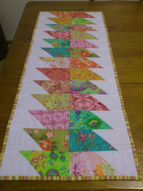 simple table runner patterns 1000 images about quilted placemats on pinterest