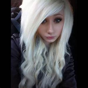 Curly scene hair, beautiful | Indie and Scene Hairstyles ...
