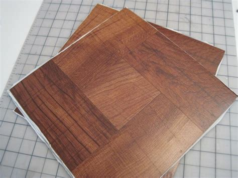 Laying Tile Linoleum by Linoleum Flooring In Wood Design Ideas And Exles