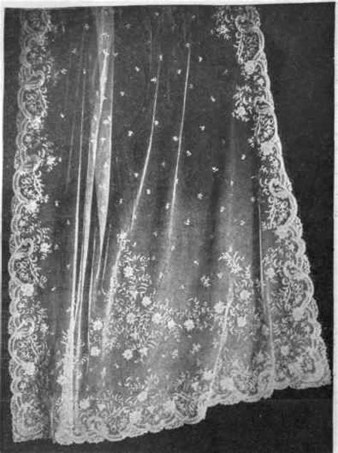 Jalissa's blog: Queen Victoria 39s Wedding Dress Setails