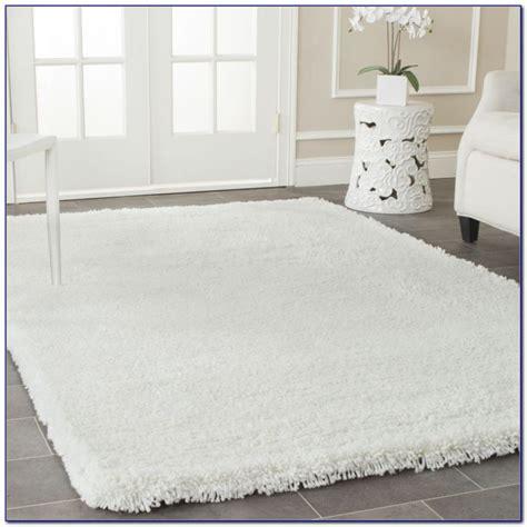fluffy white area rug white soft fluffy area rug rugs home design ideas