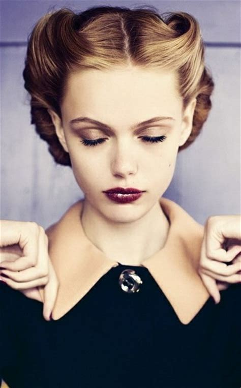 1930s style hair classic on