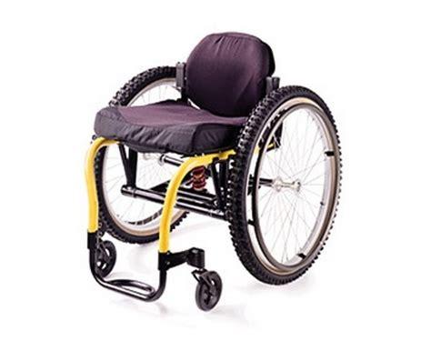 fauteuil roulant tout terrain fauteuil roulant tout terrain xtr la maison andr 233 viger