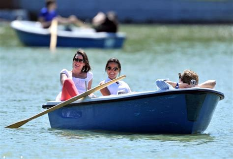 What Is To Take A Boat Ride In Spanish by Pippa Middleton In Pippa Middleton Takes A Boat Ride