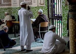 Camera Cachee 2018 : seriez vous d 39 accord d 39 expulser les musulmans une cam ra cach e belge devient virale rt ~ Medecine-chirurgie-esthetiques.com Avis de Voitures