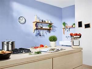 Wände Weiß Streichen : w nde farbig streichen ~ Frokenaadalensverden.com Haus und Dekorationen