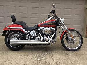 2006 Harley I Softail U00ae Deuce U2122  Red  Grey
