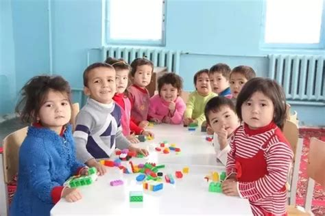 what is the ideal age for child to start day care and why 738 | main qimg 54ffc91997483820b8f168d2f854f94b