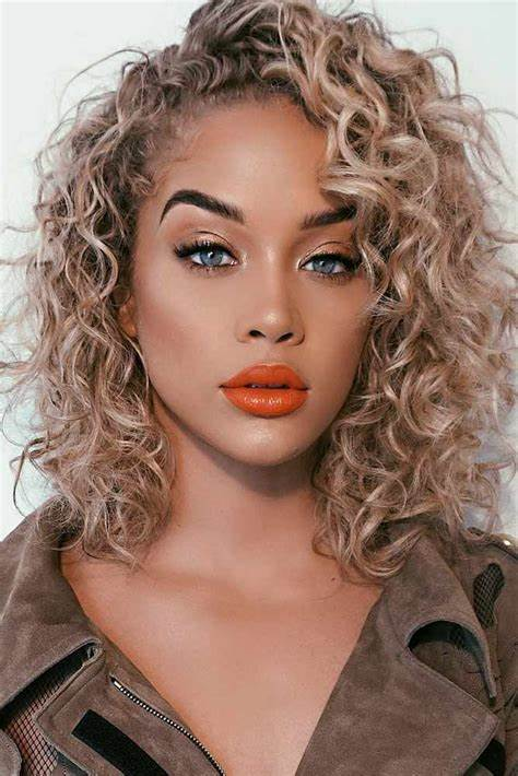 21 Hairstyles For Curly Hair For A Cute Look Shoulder