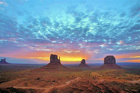 monument valley sunrise flickr photo sharing