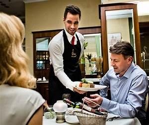 Les Techniques De Service En Restaurant Mon Serveur