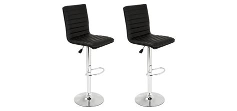 tabourets de bar swing noirs lot de 2 adoptez nos tabourets de bar swing noirs par 2 rdv d 233 co