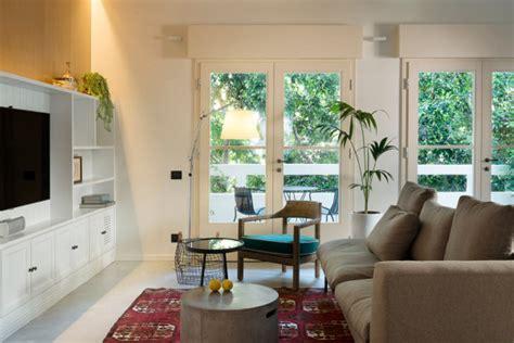 bauhaus kitchen design a bauhaus apartment in tel aviv gets renovated design milk 1515