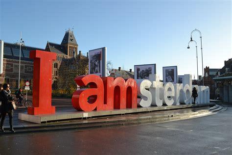 I am Amsterdam. I am lost.