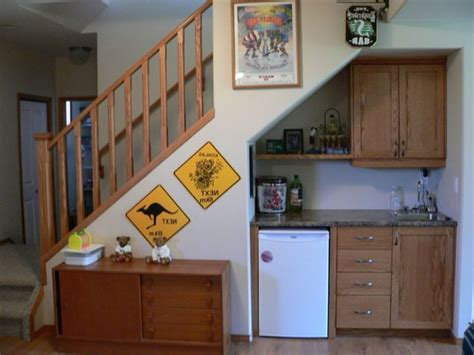 cuisine sous escalier cuisine sous escalier b42618cdb8e6c5691e19e6d3335dca63