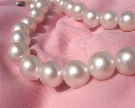 how to clean pearls how to clean pearls tips for cleaning your pearls