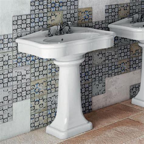 lavabo vasque plage avec mitigeur sur colonne r 233 tro en c 233 ramique athens