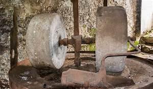 Meule à Eau Ancienne : moulins de la laurence moulins d 39 auriac du p rigord ~ Dailycaller-alerts.com Idées de Décoration