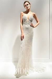 How to choose sexy wedding dresses thefashiontamercom for Sexi wedding dress